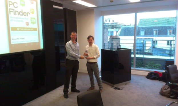 Paul Hagan of University of Liverpool receives a gold award for PC Finder