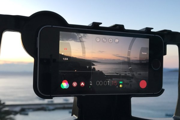 FiLMiC Pro app on iPhone SE with iOgrapher case