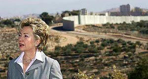 Hillary Clinton at Israeli security fence