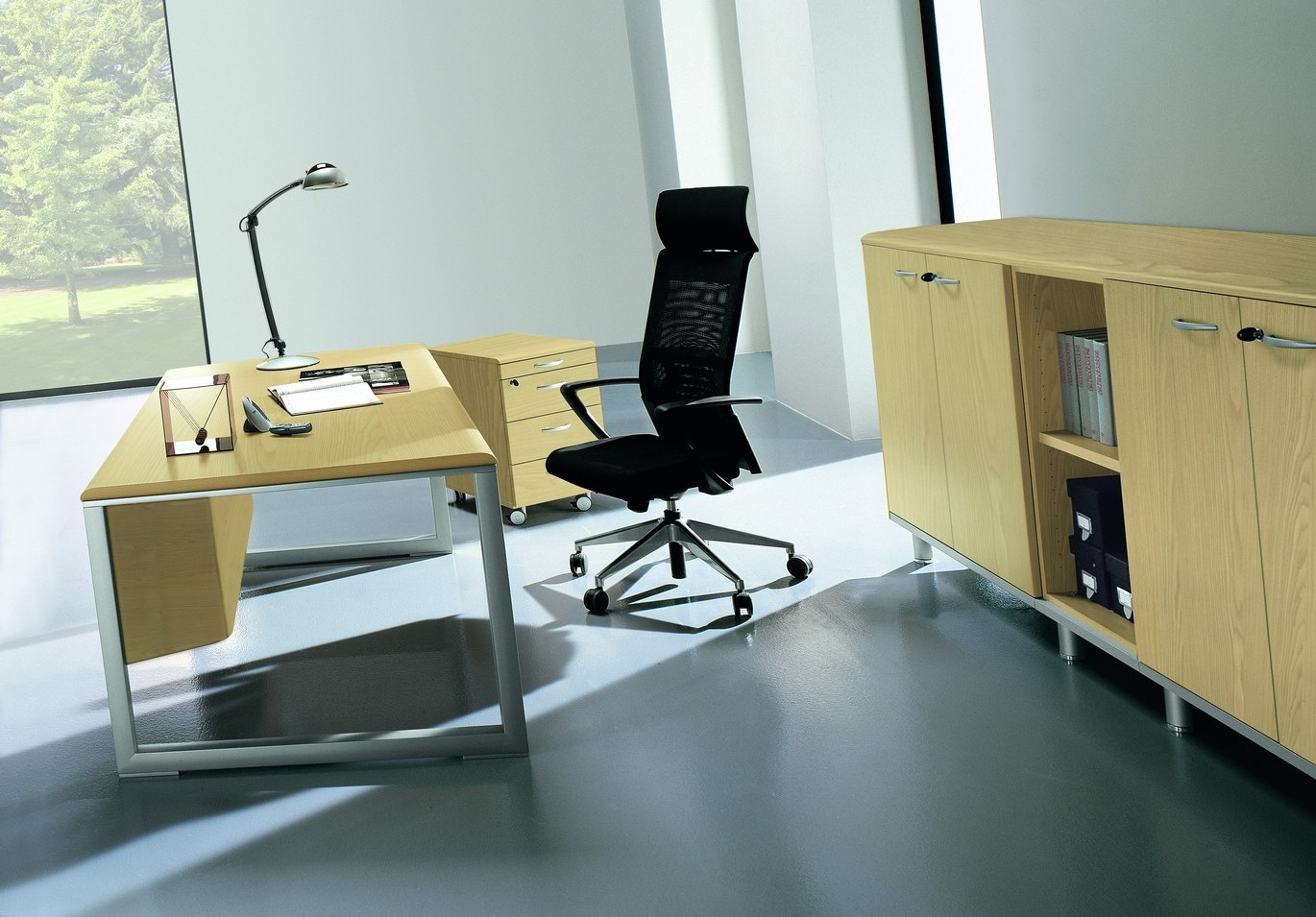 zeta desk chair living room covers for sale executive desking richardsons office furniture and