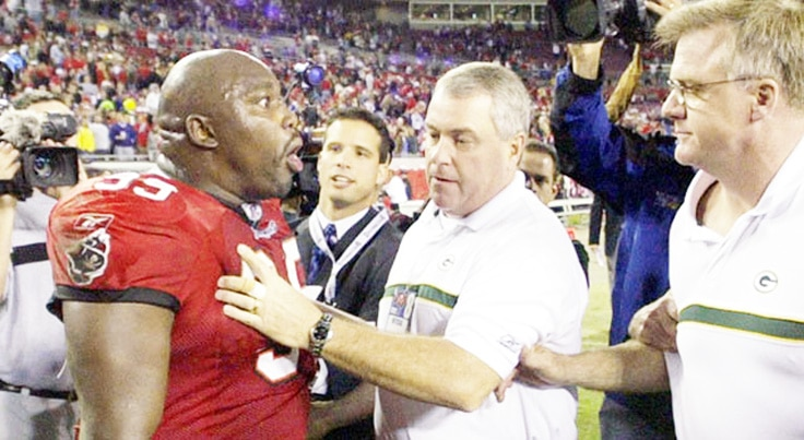 NFL-Coach-Player-Fight