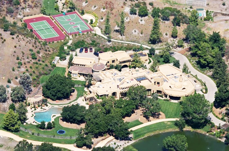 Will-Smith-And-Jada-Pinkett-Smith-Calabasas-Mansion