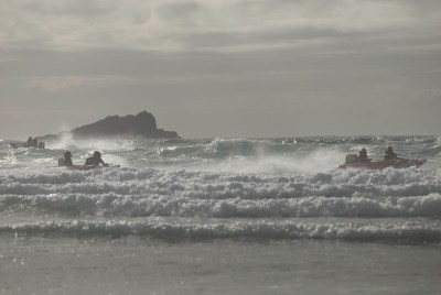 zapcat small boat racing into waves fistral beach newquay cornwall_-15