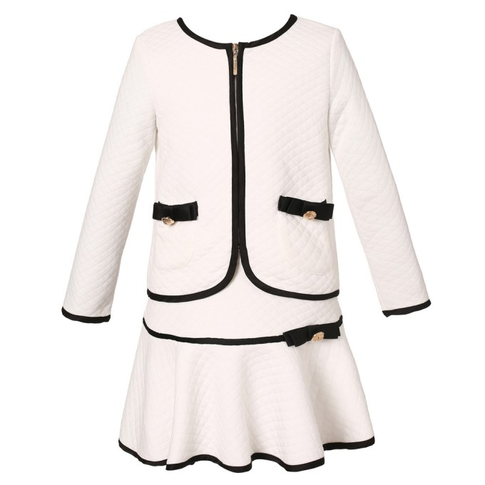 Elegant Knit Suit with Skirt
