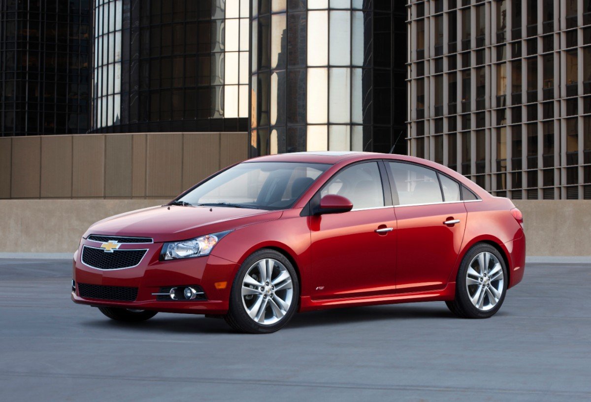 Chevrolet Cruz luxurious cars