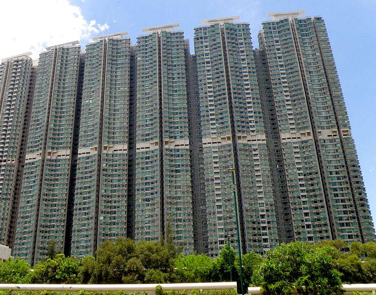 藍天海岸發展項目 - 香港興業的香港東涌洋房及分層屋苑項目 | 覓至房
