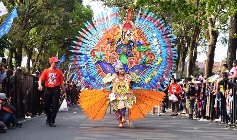 Malang Flower Carnival 2017 Eksotika Bunga Nusantara richoku.com