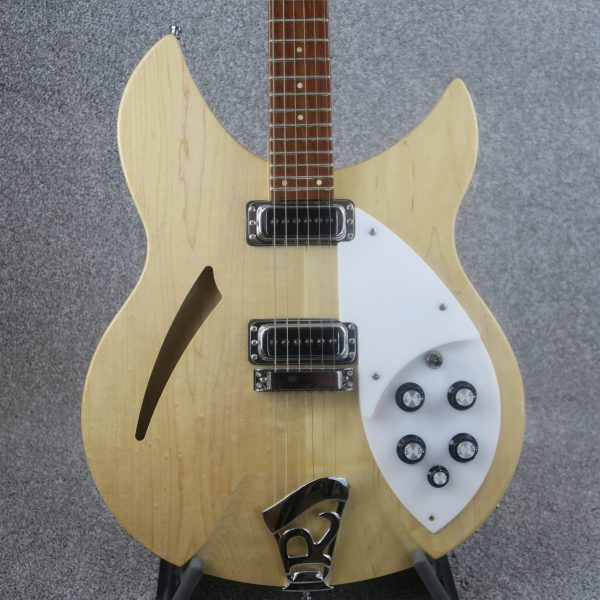 Rickenbacker 330/6 Mapleglo