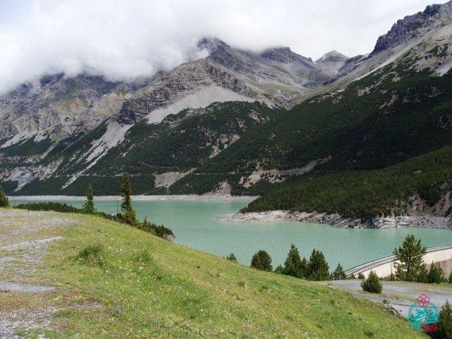 vacanza in e-bike laghi di cancano