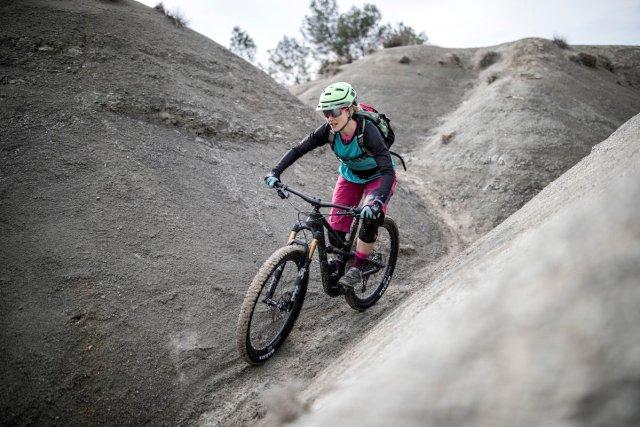 bici da donna Canyon Spectral WMN 2018 rider Elena Martinello