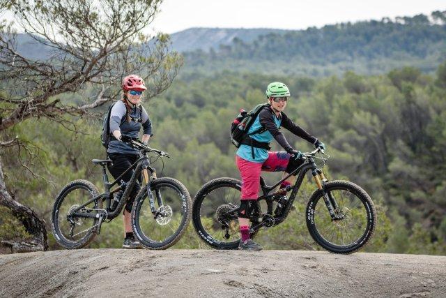 Donne in bici per testare la nuova Canyon Spectral WMN 2018