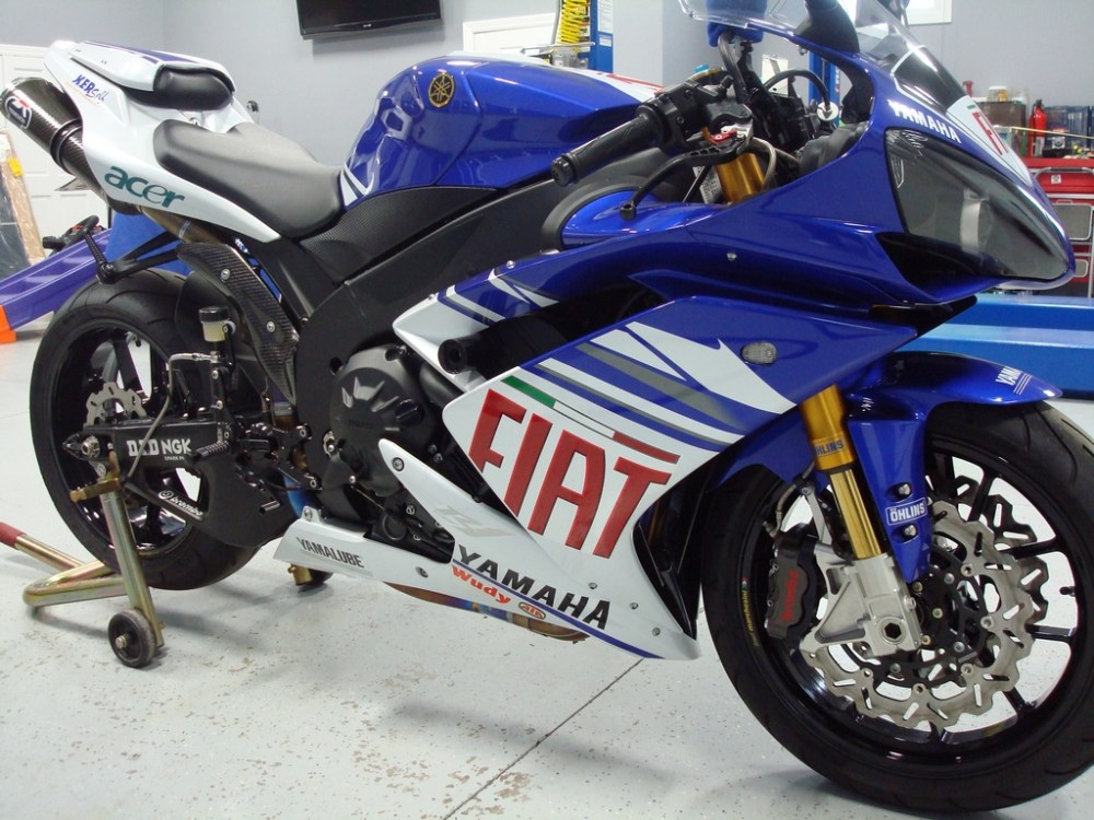 medium resolution of fiat yamaha limited edition bodywork 249 of 314 vortex keyless gas cap crg brake and clutch levers integrated led taillight