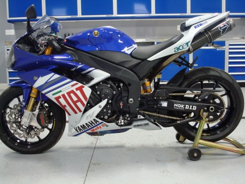 small resolution of fiat yamaha yzf r1 superbike for the street 17 000 yamaha r1 forum yzf r1 forums