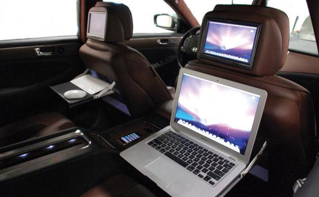 #genesis4dr_backseat2-feat