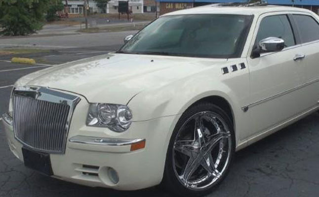 rides cars chrysler 300c angela frost