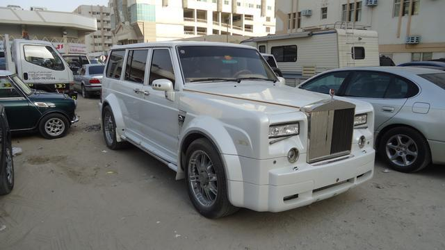 rides nissan patrol rolls royce phantom range rover 1993 wood grain leather al nahda dubai