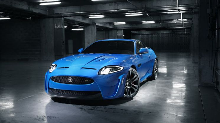 Rides, Jaguar, XKR-S, Review