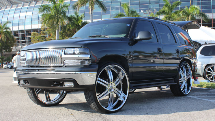 chevrolet chevy tahoe 30 inch versante wheels miami auto fest @marcel561 rides magazine fullrun tires