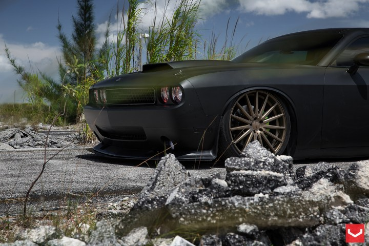 Challenger Old New Wheels School Mag