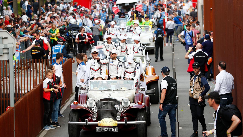 Drivers' parade, FIA WEC, Le Mans, 2019, Porsche AG