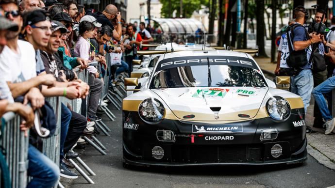 911 RSR (91), scrutineering, FIA WEC, Le Mans, 2019, Porsche AG