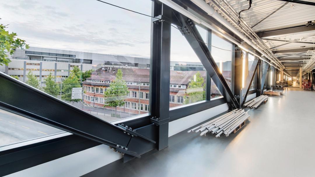Conveyor system, Zuffenhausen, 2018, Porsche AG
