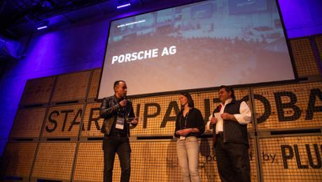 Porsche receives endowment for creation performance