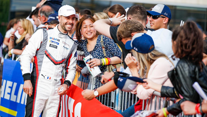 Frederic Makowiecki (F), Porsche GT Team, Drivers' parade, FIA WEC, Le Mans, 2019, Porsche AG