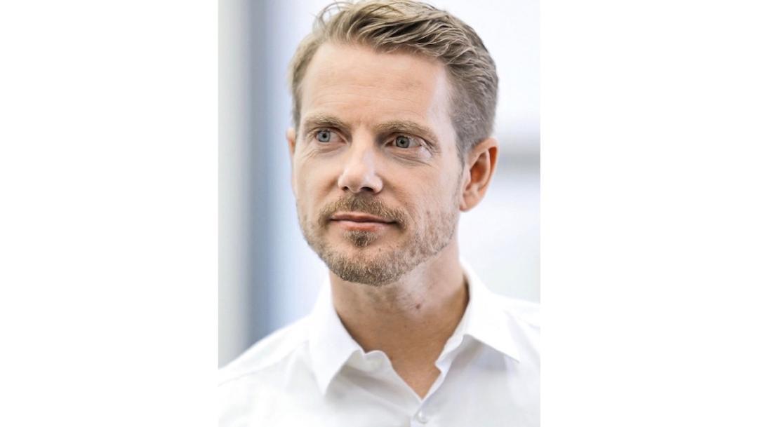 Ivo outpost Hulten, Porsche engineer (interior), 2018, Porsche AG