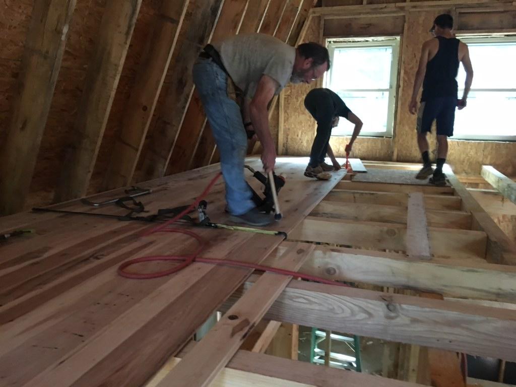 Cabin building DIY