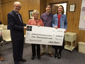 The Mayor and Board of Aldermen congratulate Highland Elementry Schoool for $10,000 from Code.org. Pictured here (from left to right) are: Mayor Gene McGee; Marilyn Nara, Highland Principal; Randy Lynn; and Sissy Lynn
