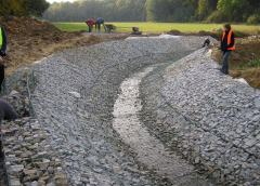 A Weldmesh river bed and bank mattress installation.