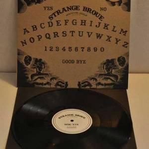Strange-Broue-Rekkid