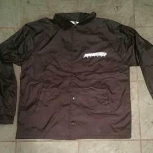 Windbreaker-Front-RidingEasy