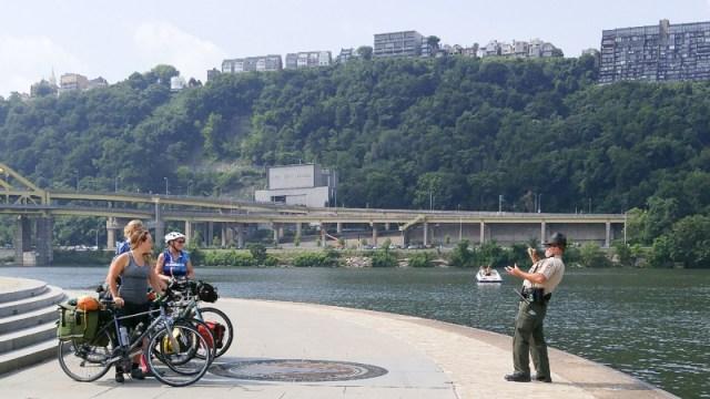 biker-women-Pittsburgh-Point.800-0725161047