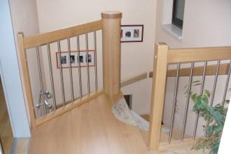 Treppen mit Graniteinlagen 12