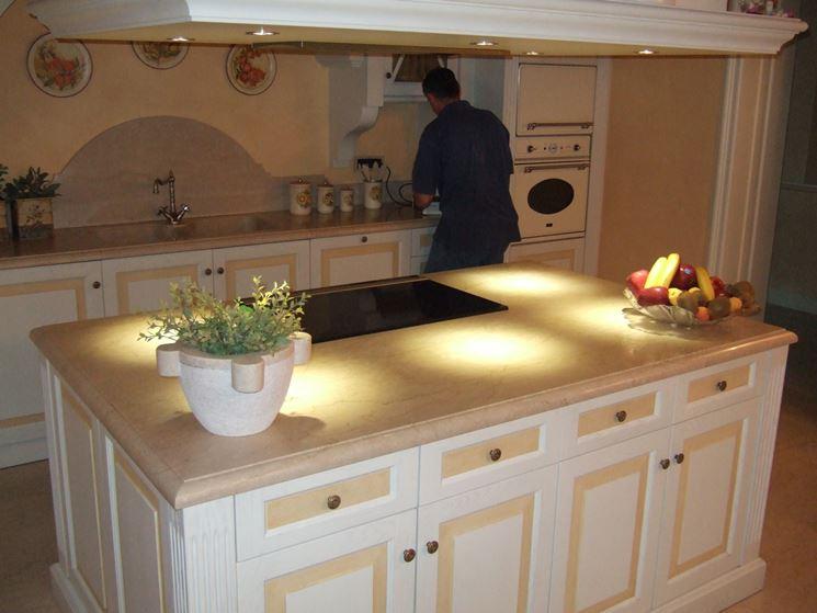 Rivestimenti murali in cucina  Rivestimenti  Rivestire la cucina