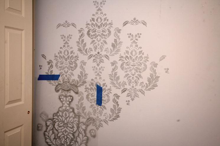 Stencil muro  Pareti