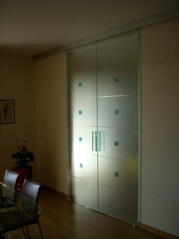 Produzione Vetri decorati per porte moderne anche