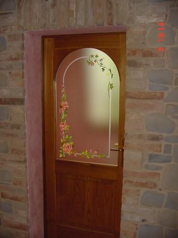Laboratorio Sabbiatura di vetro e specchi e rifinitura a pittura  vetriartistici