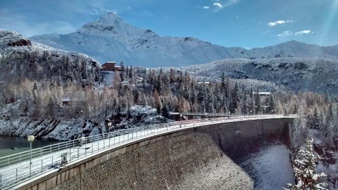 Le Dighe  Rifugio Zoia  Valtellina