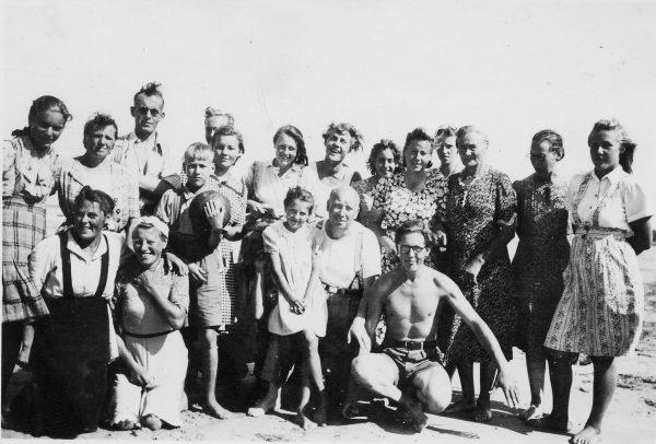 de_jelgavas-jauniesi-1947-cholders-sloka