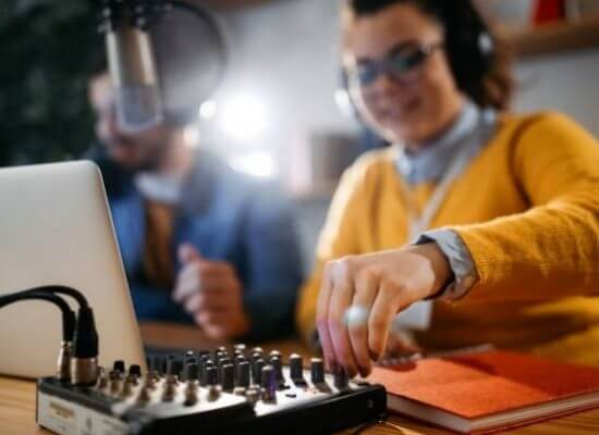 How to Create an online radio station from home?