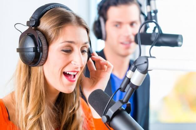 earn How to Create Online Radio Station - Riggro Digital