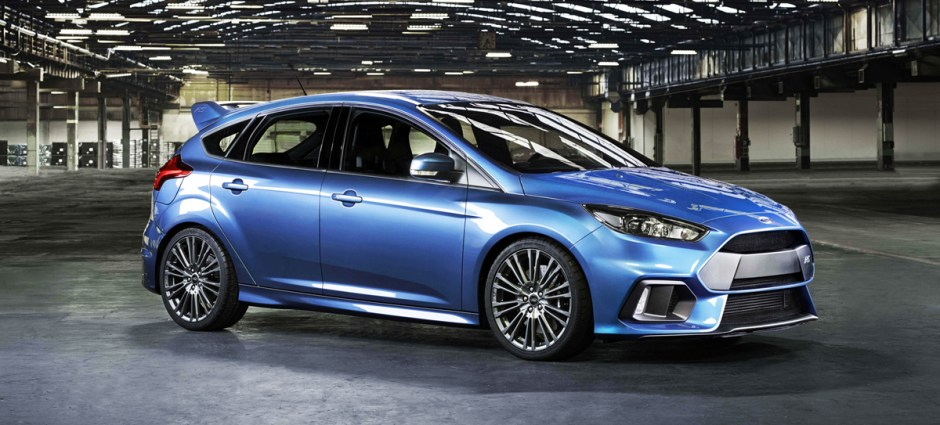 2016 Ford Focus RS in blue