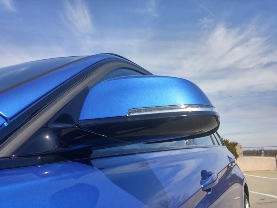 2015-bmw-328i-sport-wagon-estoril-blue-122953-1200x900