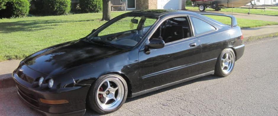Black Acura Integra GS-R