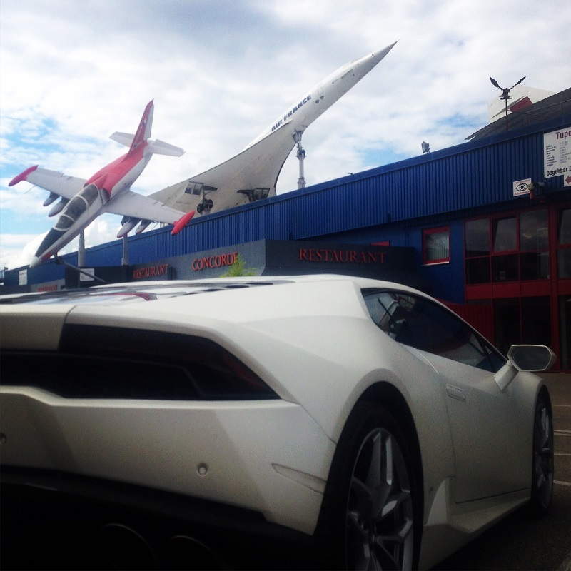 Huracan and a Concorde