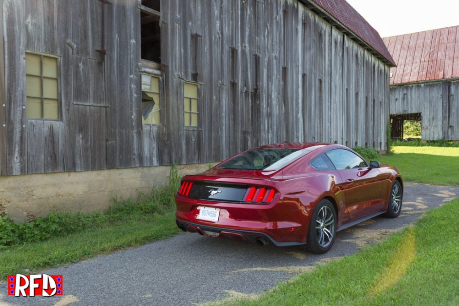 2016-ford-mustang-ecoboost-red-IMG_7333