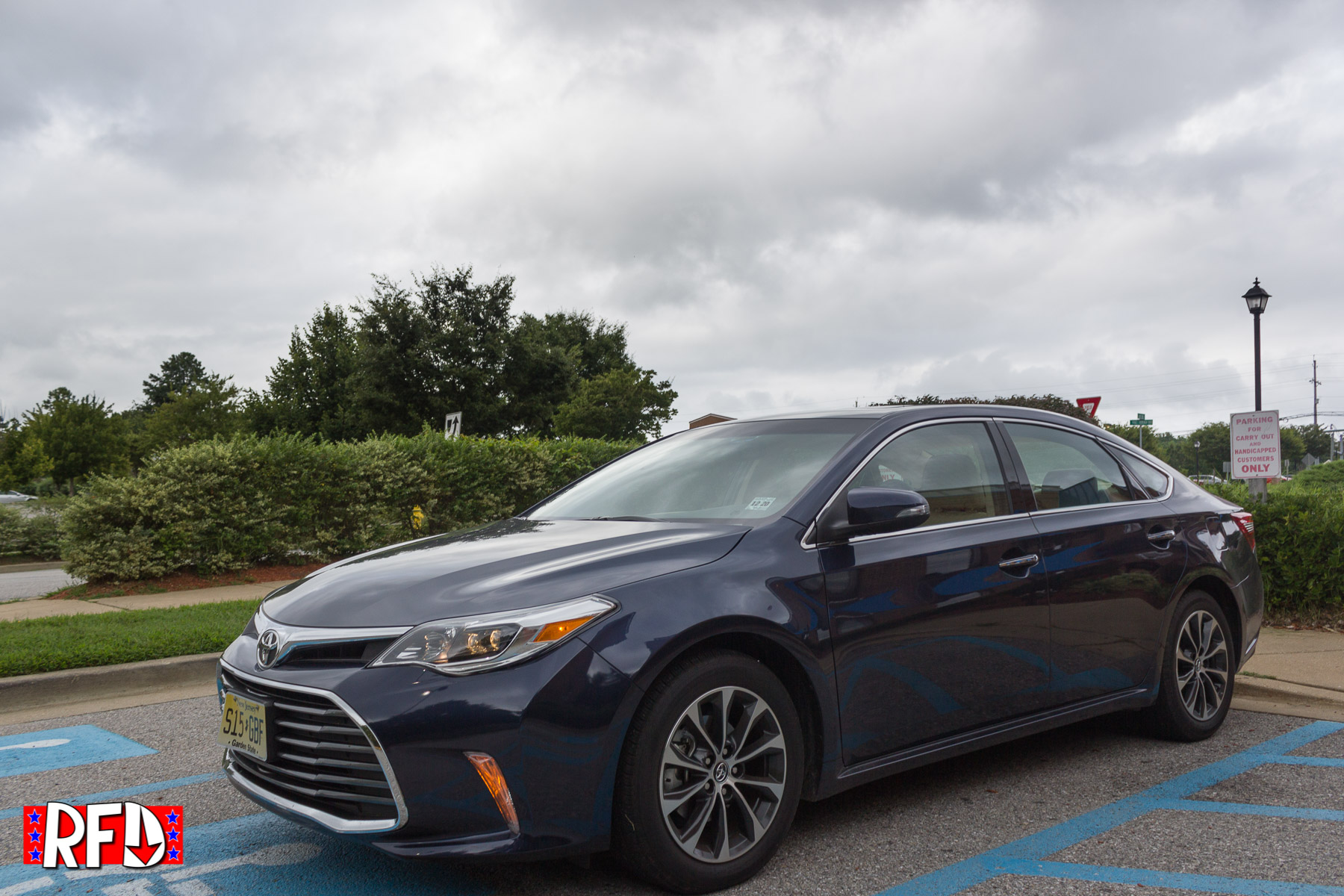 of op model information n the features toyota safety avalon irving